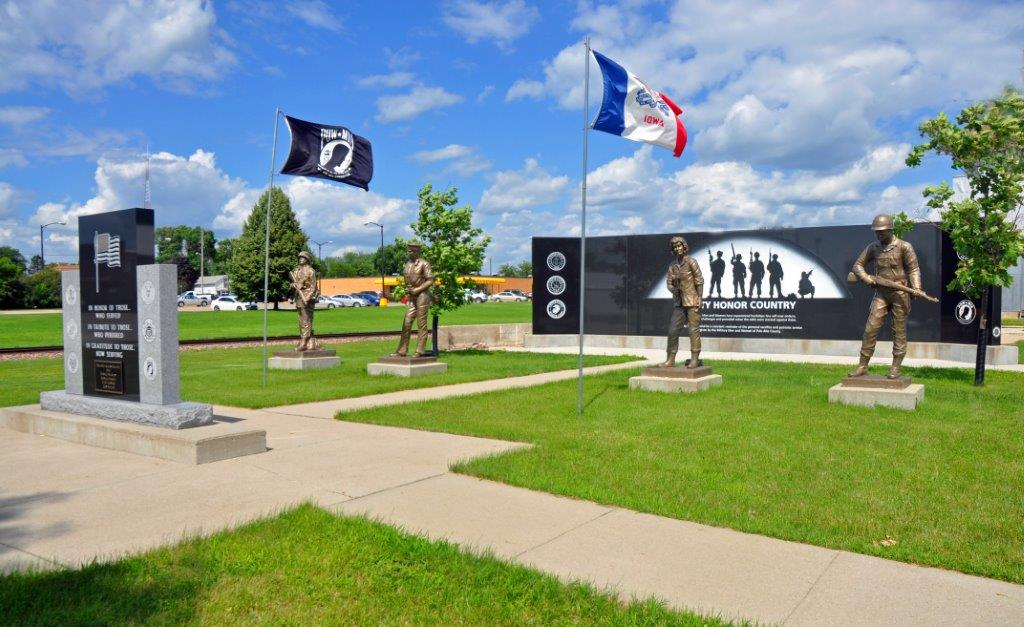 war-veterans-memorial-emmetsburg